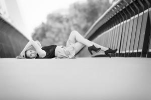 Veronika at Apollo Bridge BW